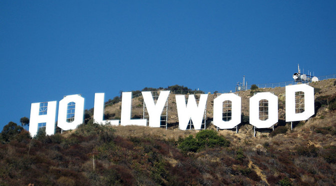 800px-Hollywood_sign_354080327
